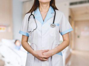 detail stethoscope doctor woman white coat 300x223 - บทบาทของแพทยสภา ต่อการสาธารณสุขไทย